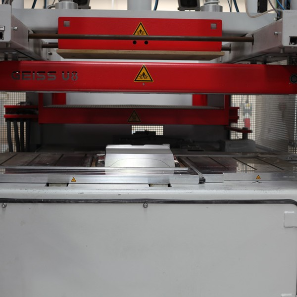 Vacuum Forming Balform